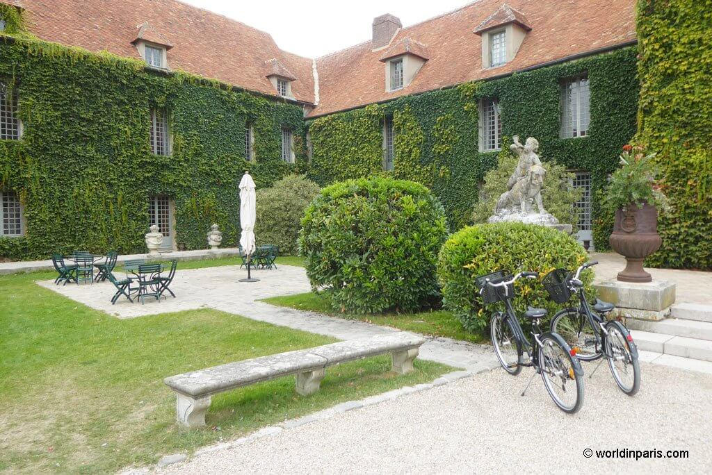 Sunny Terrace at Château de Villiers