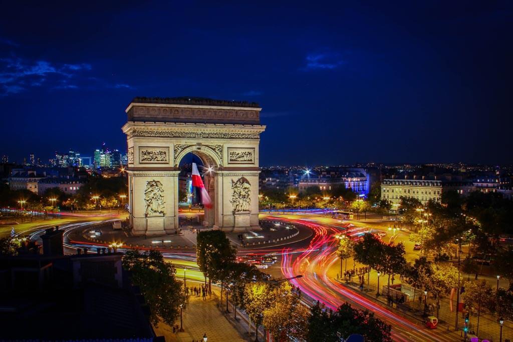 Kết quả hình ảnh cho paris in night