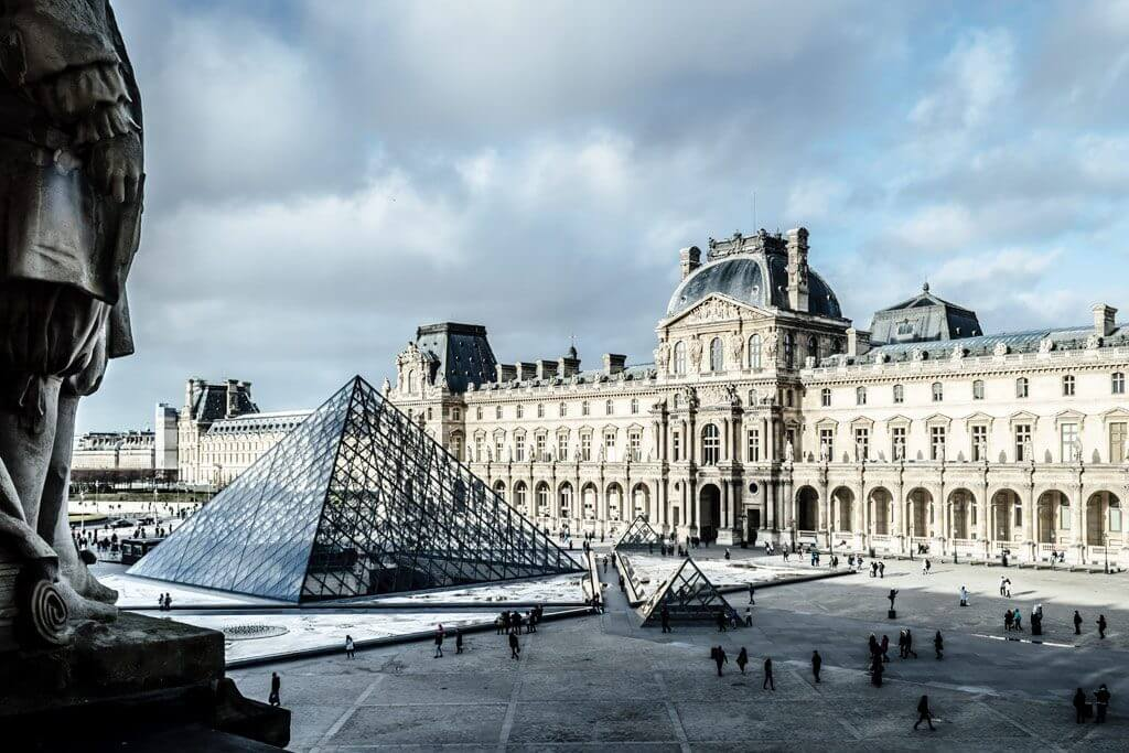 Best Way to Visit the Louvre