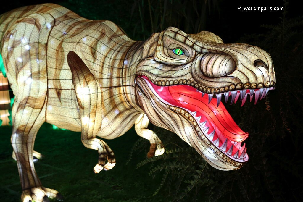 Festival des Lumières Paris - dinosaur