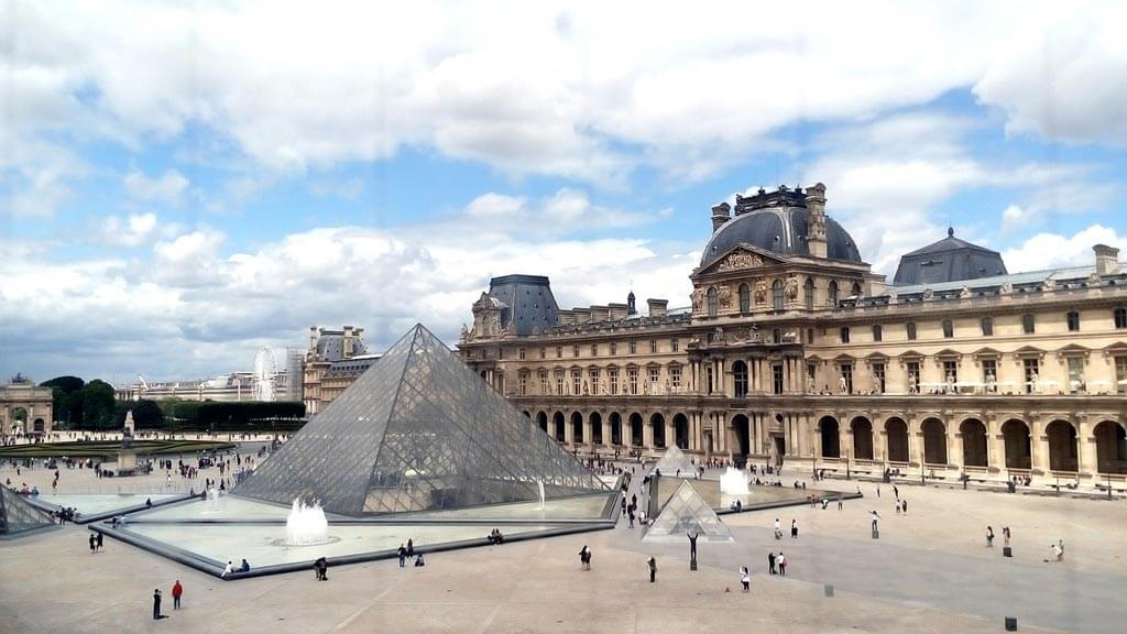 Visit the Louvre Museum Guide