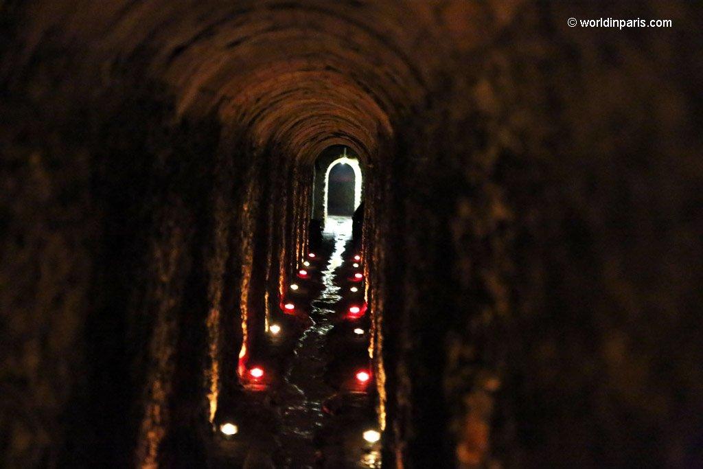 Paris Underground Tunnels - Regard de la Lanterne