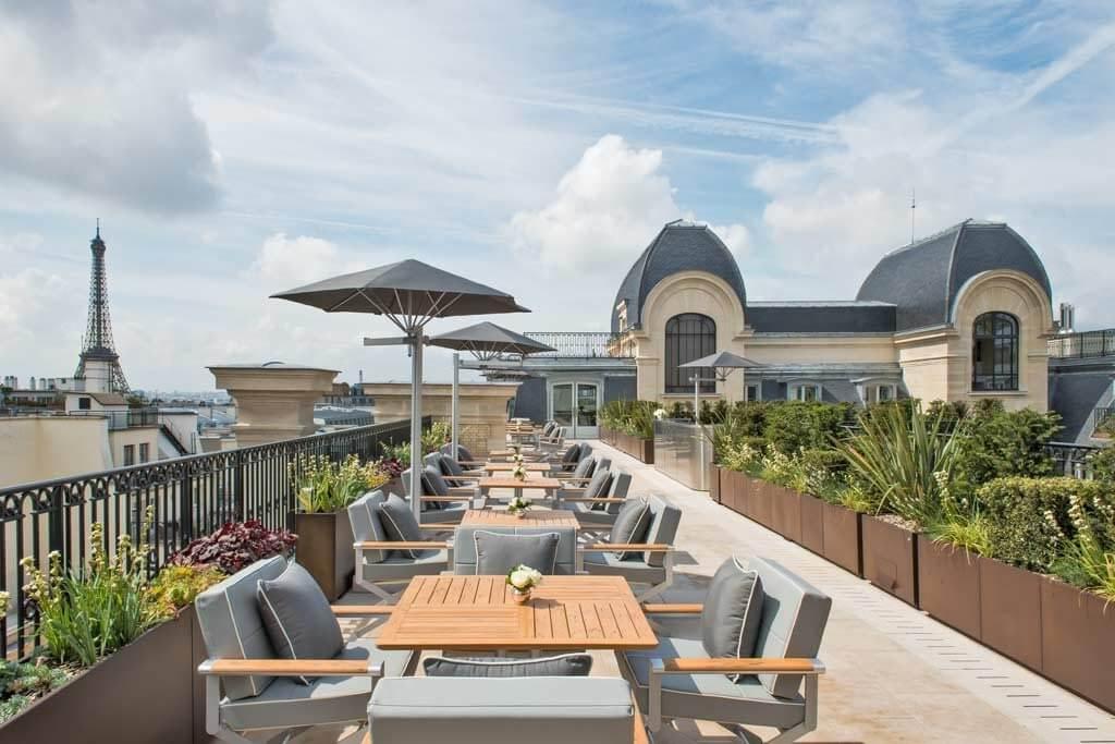 Rooftop Bar Peninsula Hotel