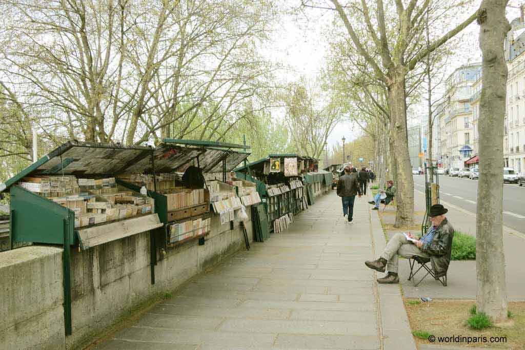 Bouquinistes Seine River Paris