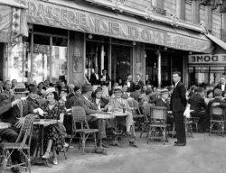 Ernest Hemingway in Paris