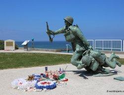 Landing Beaches Normandy - Omaha Beach