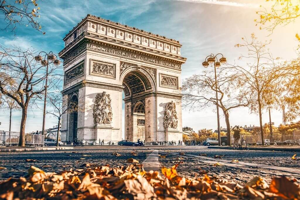 Arc de Triomphe Paris Fall