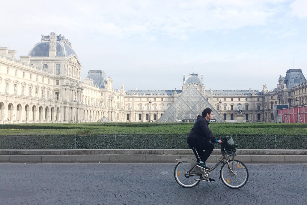 Self-Guided Paris Bike Tours