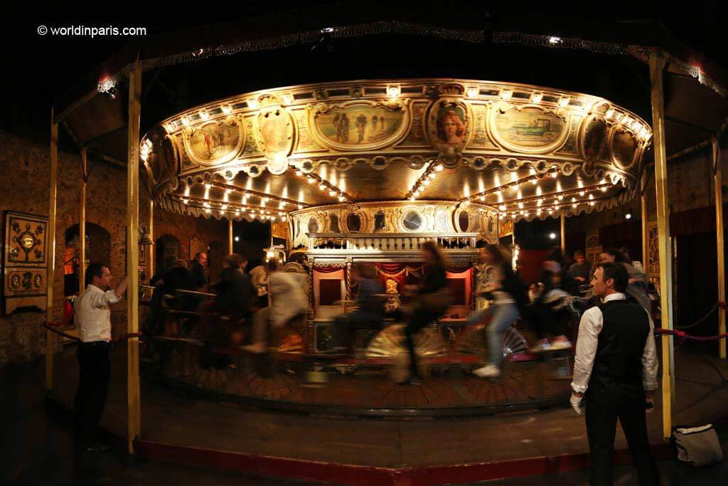 Oldes Carousel in the World - Paris