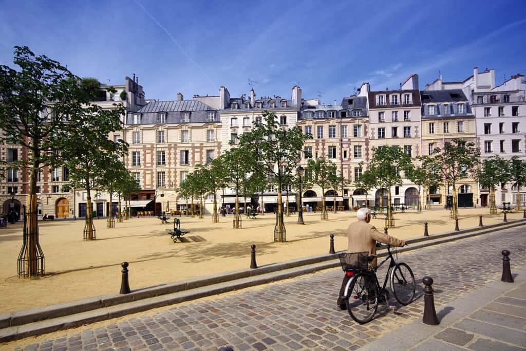 Place Dauphine - Paris