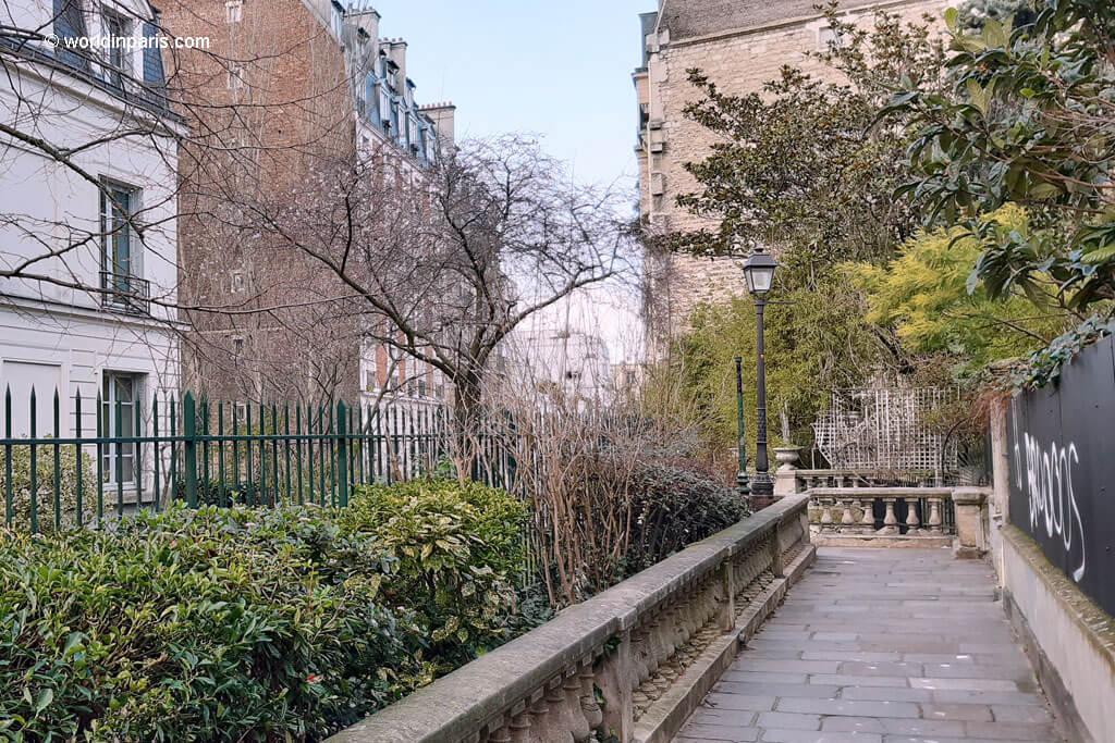 Allée des Brouillards - Montmartre