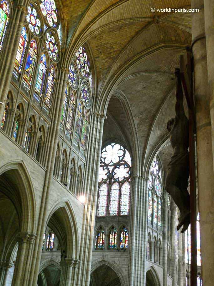 Saint-Denis Inside