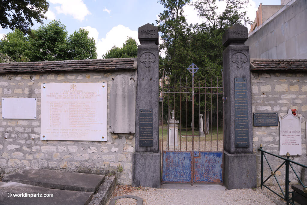 Entrance Mass Graves - Picpus Cemetery