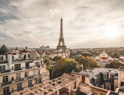 Apartments with View of Eiffel Tower