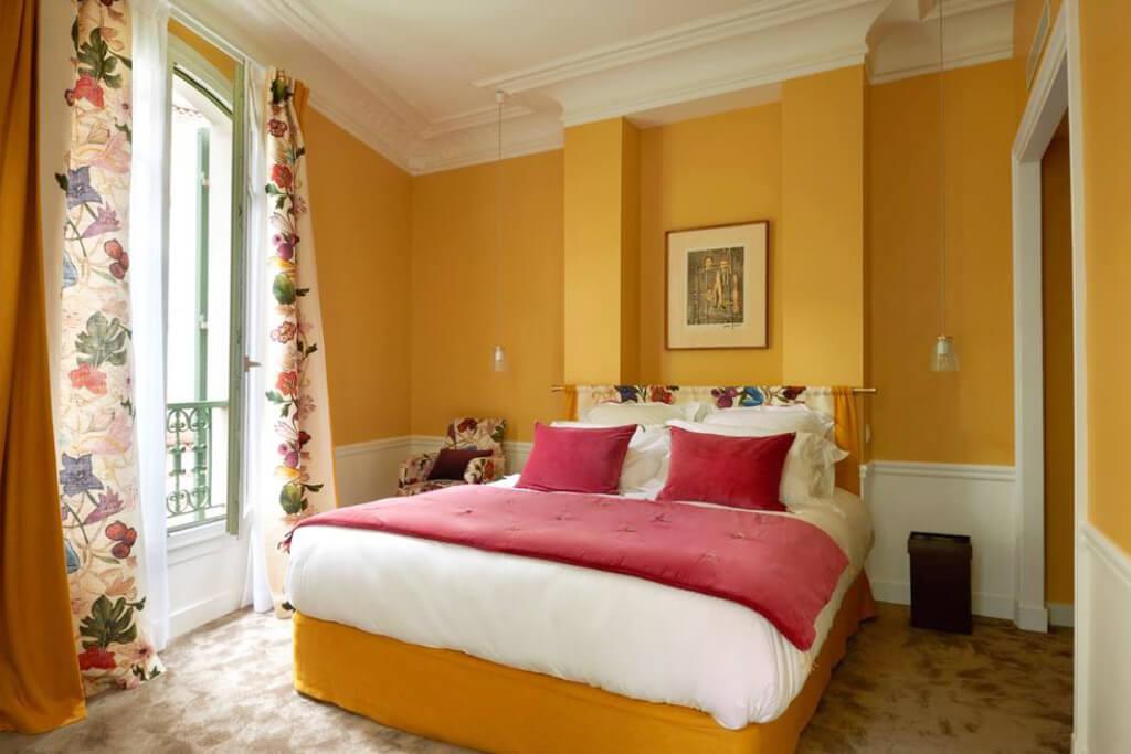 Maison Lepic Montmartre Room