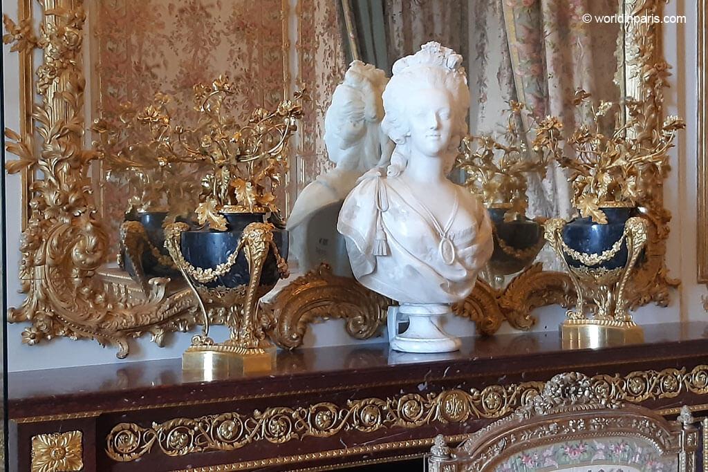 Marie Antoinette's Bust